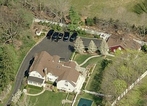 Clinton house fire the entertainment never ends uncle Bill clinton address chappaqua