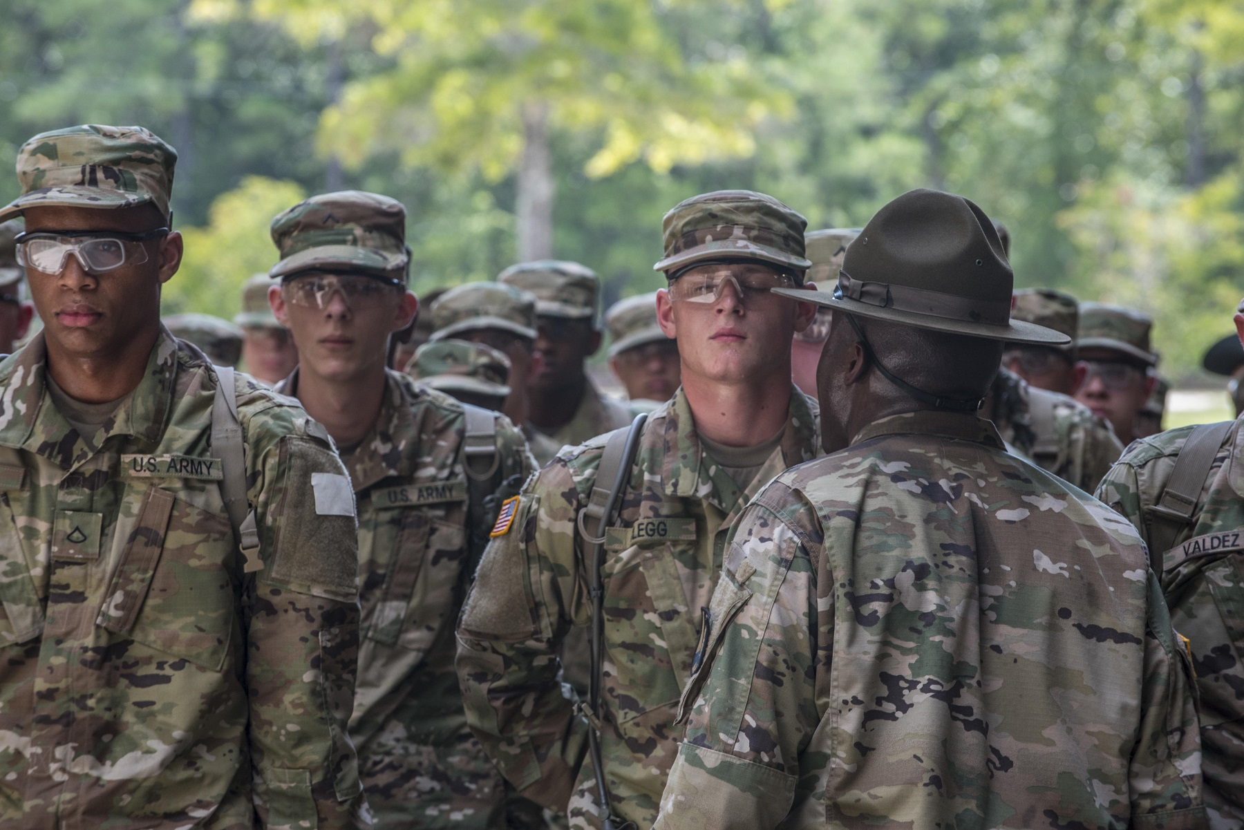lack of discipline in the military Fellow soldiers it is this definitive trust in one another, in our leaders, and in the  army that molds and strengthens our esprit de corps, sense of pride, and our.