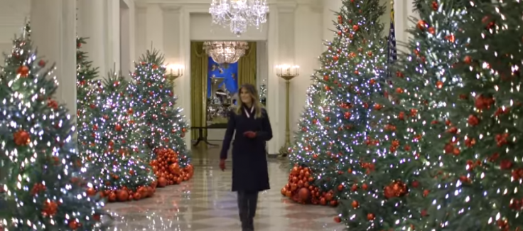 home white house christmas decorations melania trump making the white house beautiful in spite of the hate